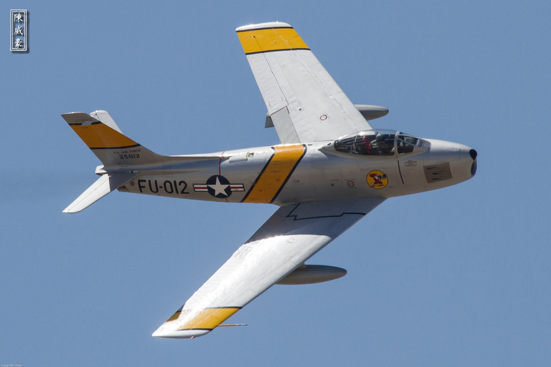 IMAGE: http://julianchen.smugmug.com/Photography/March-Field-AirFest-2012/i-XGRnVW6/0/L/20120520-Canon-EOS-7D-IMG1869-L.jpg
