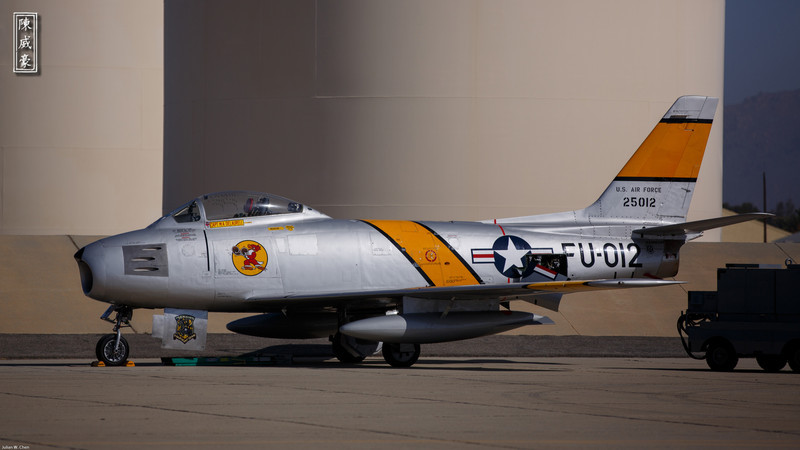 IMAGE: http://julianchen.smugmug.com/Photography/March-Field-AirFest-2012/i-zCWMX97/0/L/20120520-Canon-EOS-5D-Mark-III-L.jpg