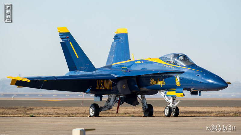 IMAGE: http://julianchen.smugmug.com/Photography/Miramar-Airshow-2012/i-5hxzxb9/0/L/20121014-Canon-EOS-5D-Mark-III-L.jpg