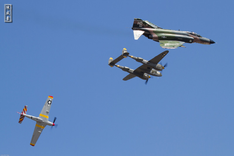 IMAGE: http://julianchen.smugmug.com/Photography/Planes-of-Fame-Chino-2012/i-cwb6mT3/0/L/20120506-Canon-EOS-7D-IMG1228-L.jpg