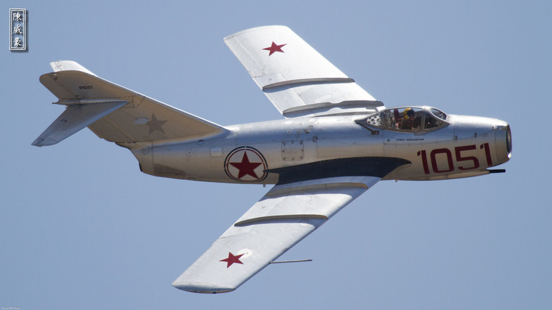 IMAGE: http://julianchen.smugmug.com/Photography/Planes-of-Fame-Chino-2012/i-qSzCzjD/0/L/20120506-Canon-EOS-7D-IMG8673-L.jpg