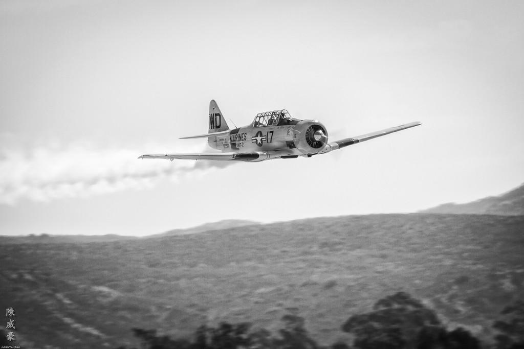 IMAGE: https://julianchen.smugmug.com/Photography/Miramar-Airshow-2011/i-JWmtrwb/0/XL/20111002-Canon%20EOS%207D-IMG_8211-XL.jpg