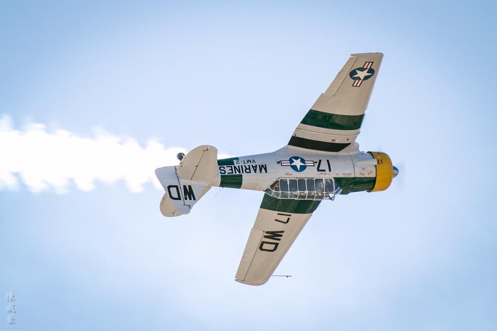IMAGE: https://julianchen.smugmug.com/Photography/Miramar-Airshow-2011/i-jJ2dLJR/0/XL/20111002-Canon%20EOS%207D-IMG_8216-XL.jpg
