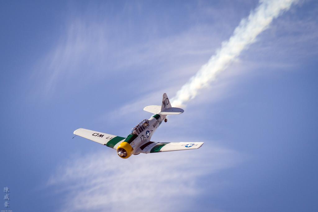 IMAGE: https://julianchen.smugmug.com/Photography/Miramar-Airshow-2011/i-rSGXfzn/0/XL/20111002-Canon%20EOS%207D-IMG_8126-XL.jpg