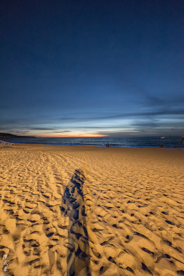 IMAGE: https://julianchen.smugmug.com/Photography/Redondo-Beach/i-b64NLxD/0/X2/20151024-Canon%20EOS-1D%20X-1DX_3745-X2.jpg